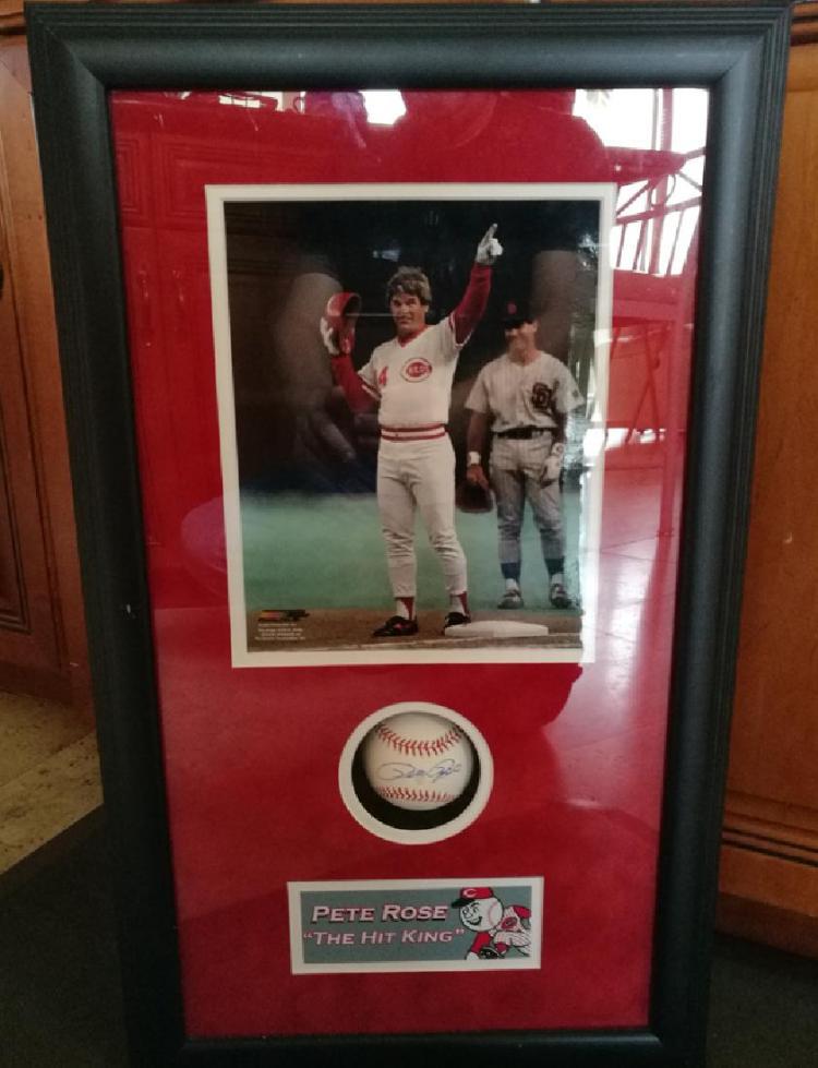 memorabilia Pete Rose Signed Baseball with Photo,