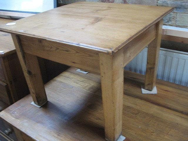 Cool A Small Pine Coffee Table Unemploymentrelief Wooden Chair Designs For Living Room Unemploymentrelieforg