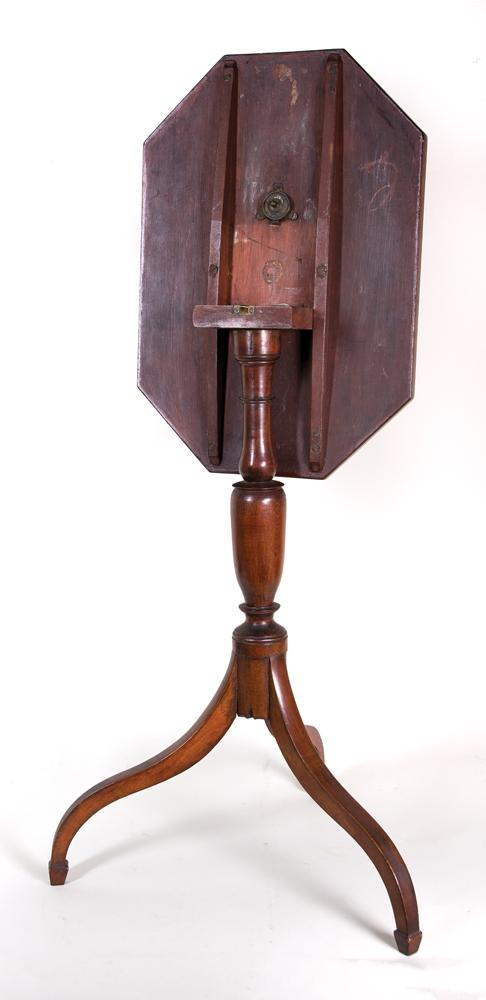 Hepplewhite Candlestand