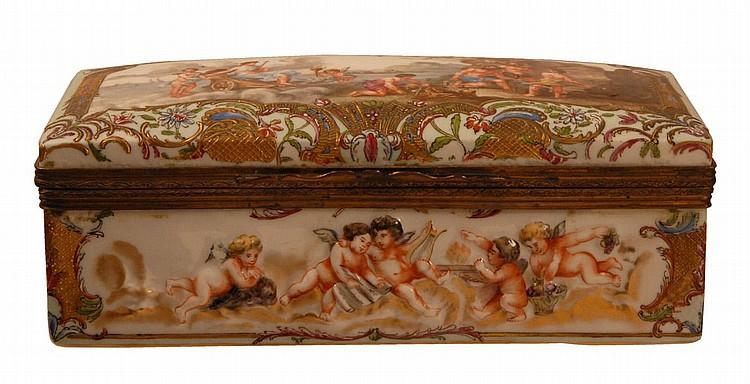 CAPODIMONTE BOX