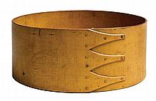 Spit box, original yellow, 3 fingers, 8 3/4