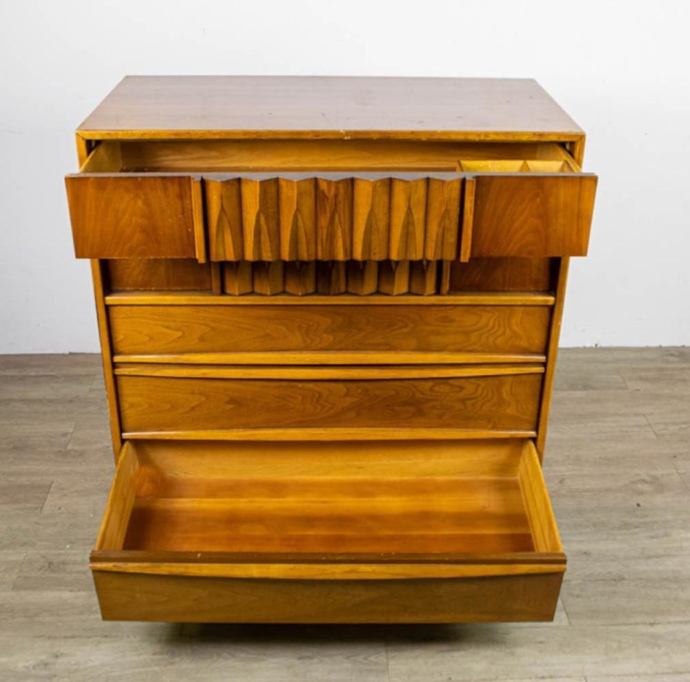 Mid-Century Modern Thomasville Dresser