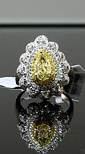 18kt 2.30ctw Diamond Ring W21690