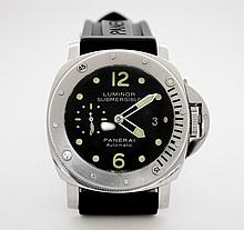 Panerai Luminor Submersible Watch W16371