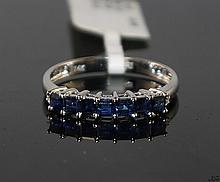 14kt White Gold 0.81ctw Sapphire Ring W955