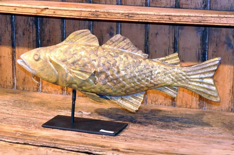 Gilded patinated copper fish weathervane for L fish furniture
