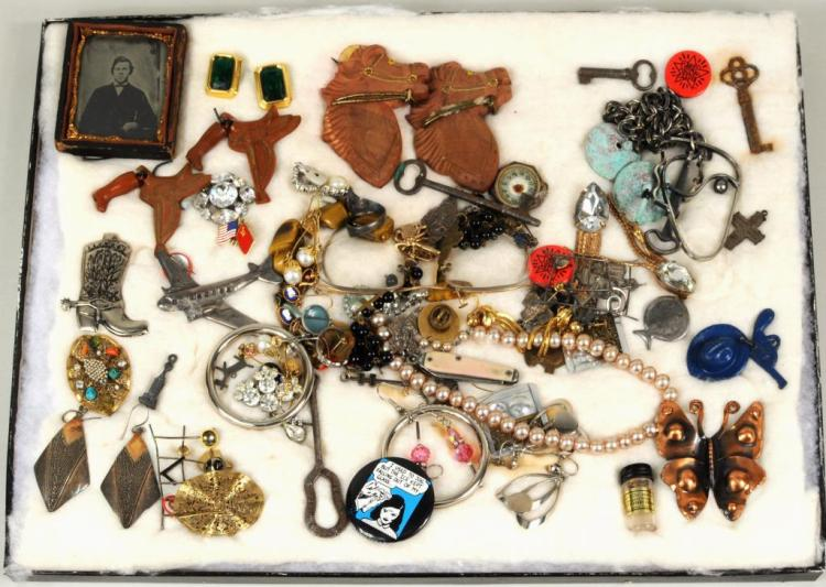 Group Estate Cased Jewelry & Small Items