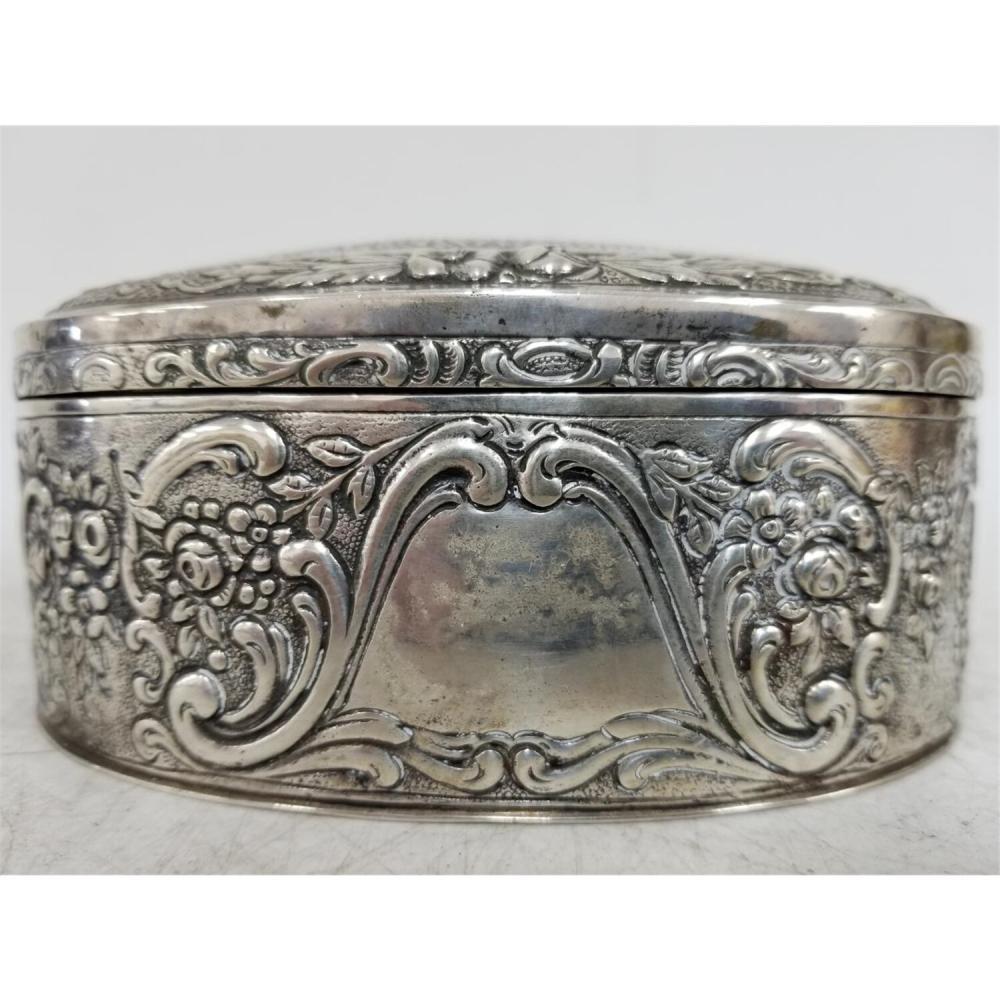 Judaica Early German 800 Silver Etrog Box.