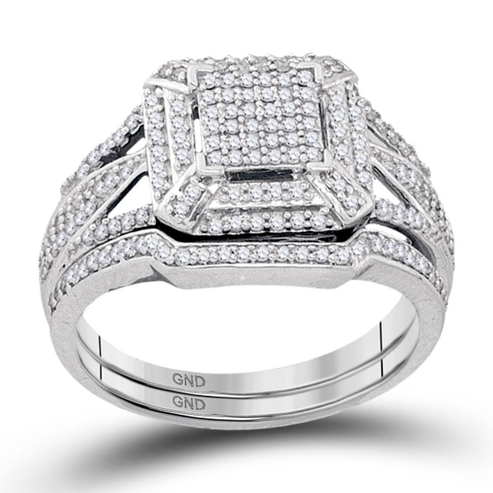0.50 CTW Diamond Cluster Bridal Engagement Ring 10KT White Gold - REF-52K4W