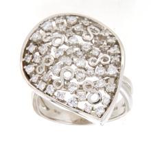 Genuine 0.95 CTW Diamond Cocktail  Ring in 18K White Gold - REF-162V8A