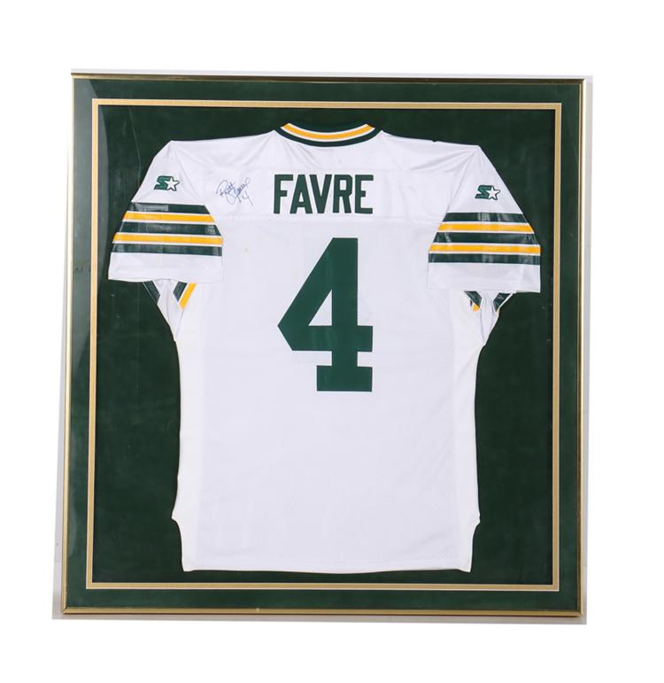 huge discount d8bc6 6521c Autographed Brett Favre Green Bay Packers Jersey