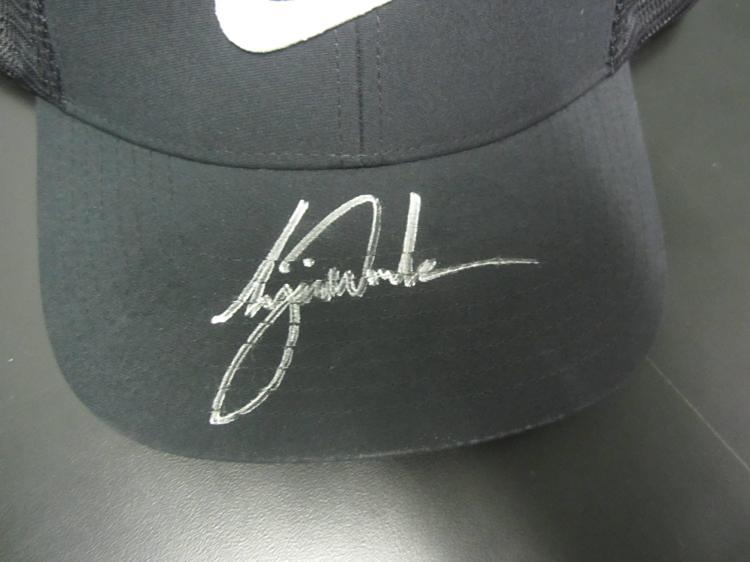 e10b43cf248 Tiger Woods Signed Nike PGA Golf Hat