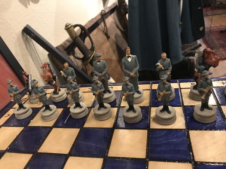 Very nice hand painted civil war chess set - Chess nice image ...