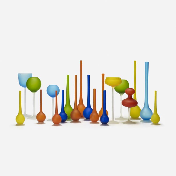 Carlo Moretti collection of twenty vessels