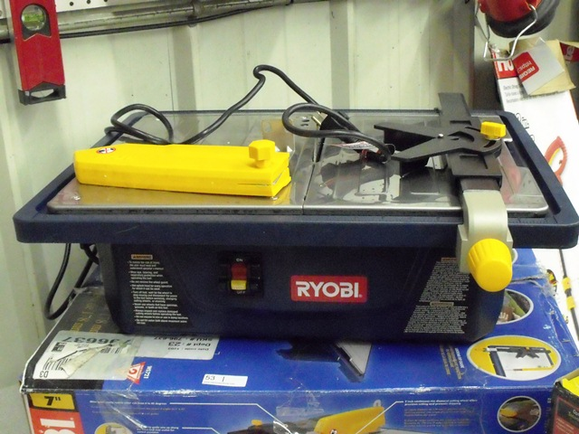 "Ryobi 7"" Tabletop Wet Tile Saw"