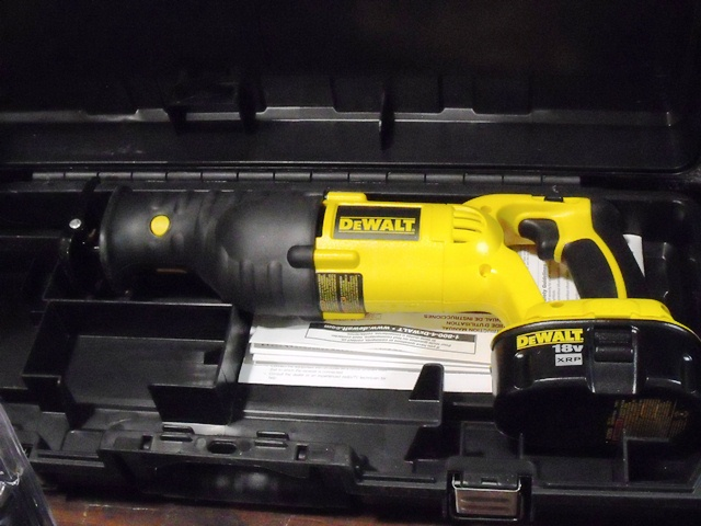DeWalt 18v Cordless Reciprocating Saw
