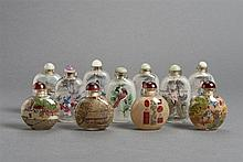 GROUP OF ELEVEN GLASS SNUFFBOTTLES