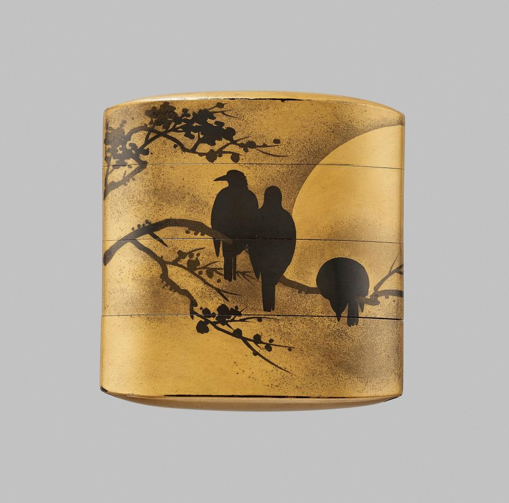 TOYOSAI: A FINE SUMI TOGIDASHI-E GOLD LACQUER THREE-CASE INRO WITH CROWS AND MOON