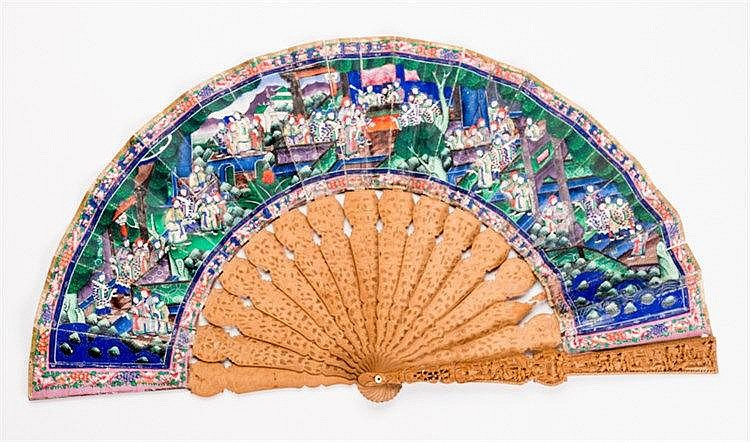 MANDARINE FOLDING FAN WITH FIGURATIVE SCENES