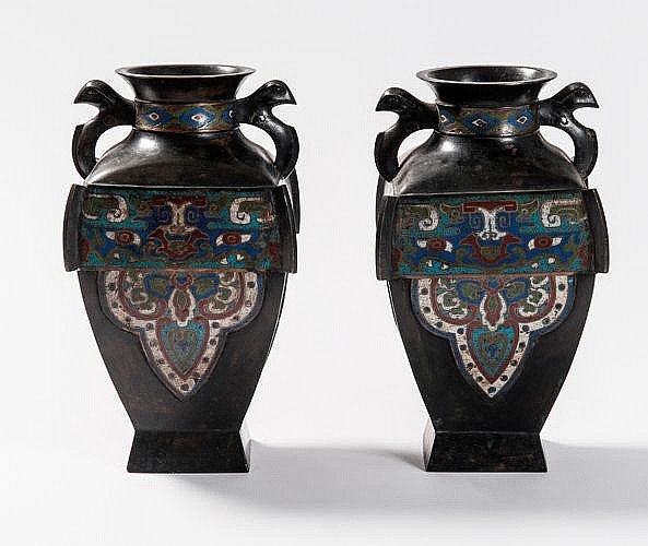 PAIR OF FANGHU 方壺 VASES WITH ENAMEL CLOISONNÉ