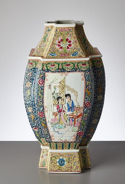 LARGE RICHLY DECORATED VASE