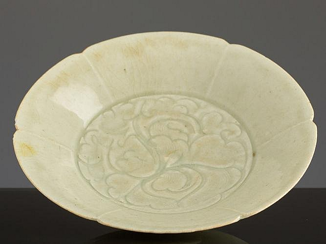 BOWL-FORMED PLATE