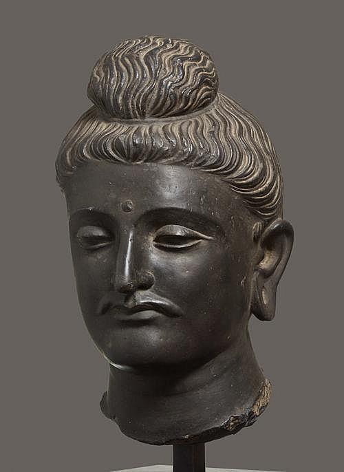 LARGE HEAD OF BUDDHA GAUTAMA