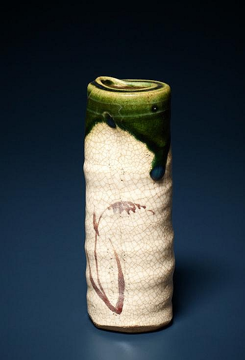 QUIVER-SHAPED WALL VASE