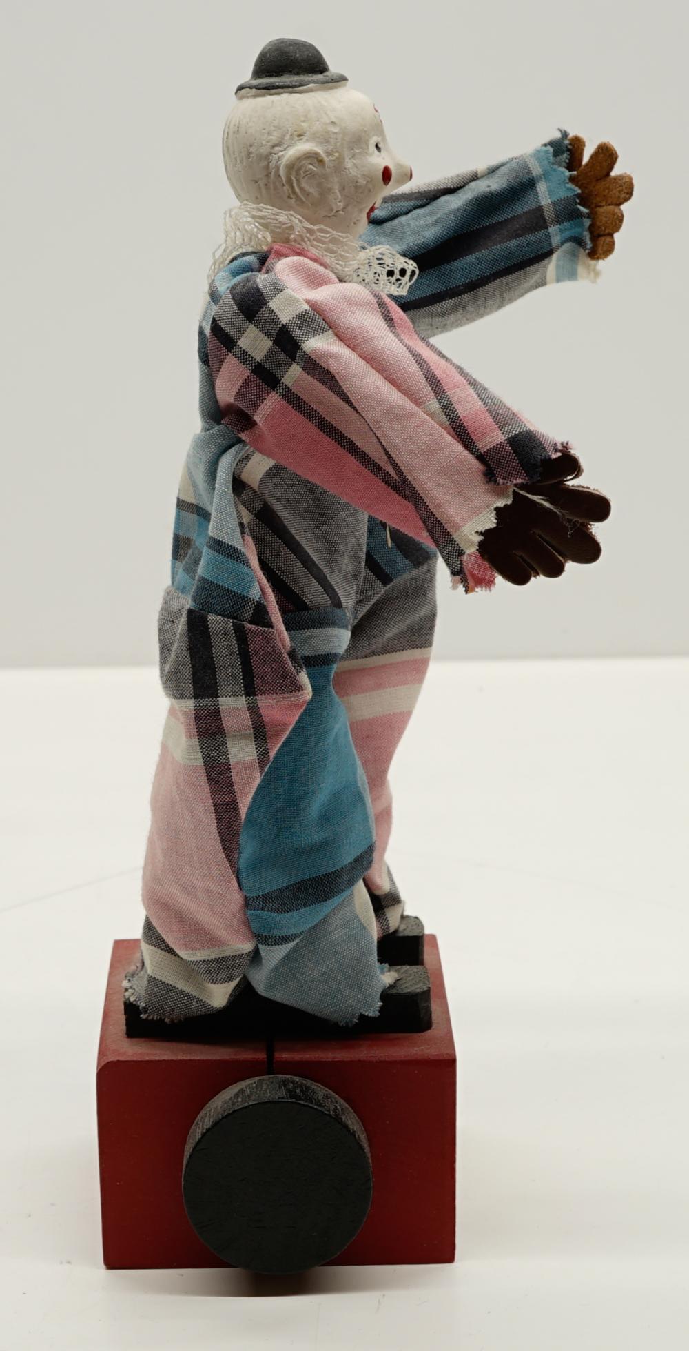Lot 22: Kib-Itz Clown Toy MIB