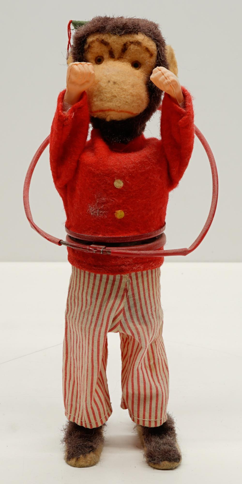 Lot 25: Charlie Chimp Wind-up NMIB