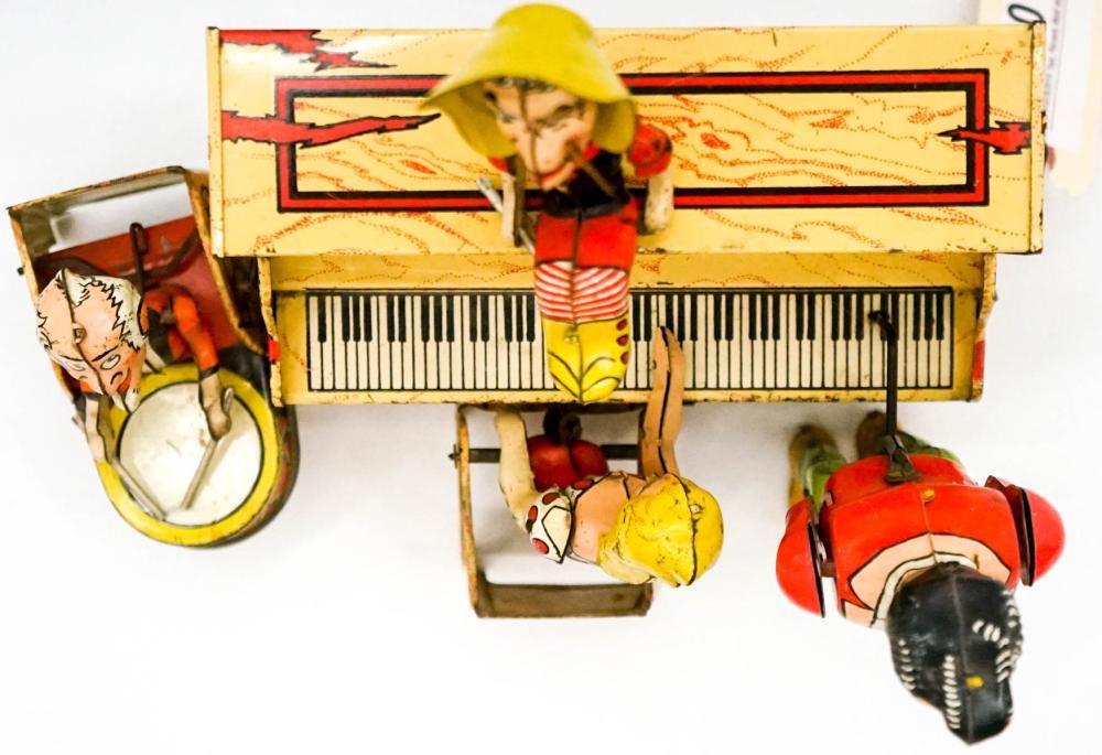 Lot 30: Lil Abner Dogpatch Band