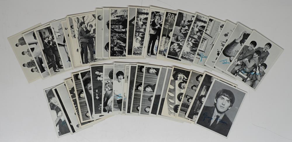 Lot 40F: Beatles Trading Cards VG-EX/EX (45)