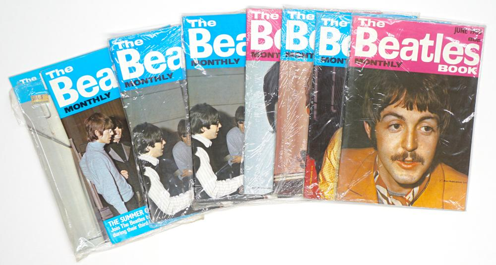 The Beatles Monthly Book Small Magazines (8)