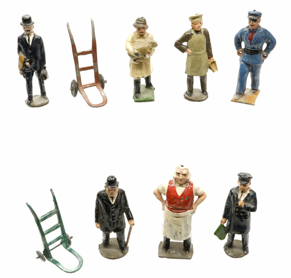 Lot 152: English Occupational Lead Figures