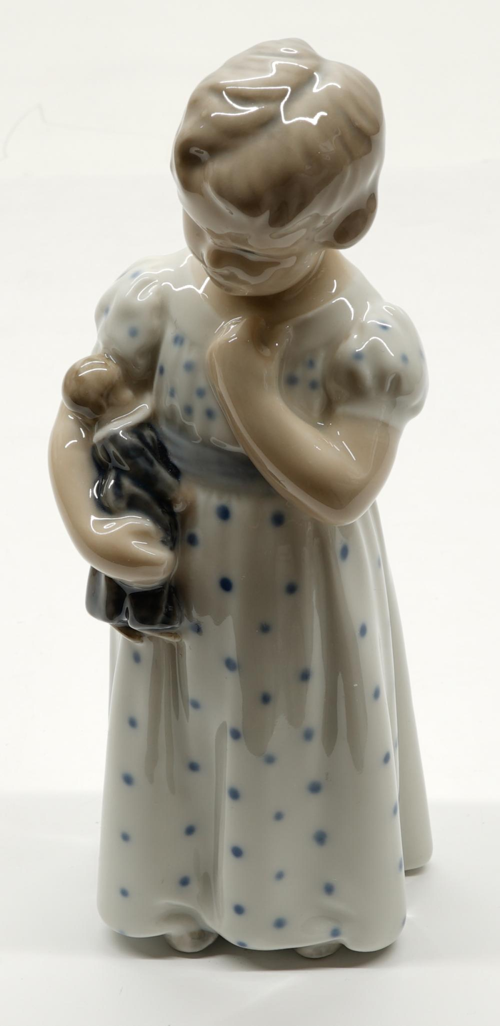 Royal Copenhagen Figurine No.3539