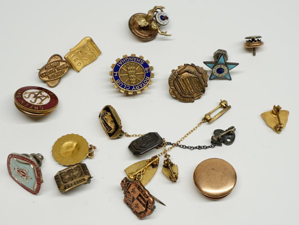 Lot 182B: Service, Fraternal and Masonic Pins
