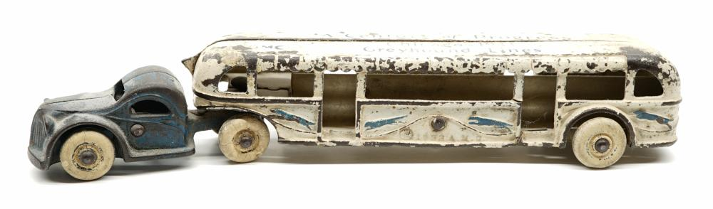 Lot 191: Arcade Century of Progress Greyhound Bus