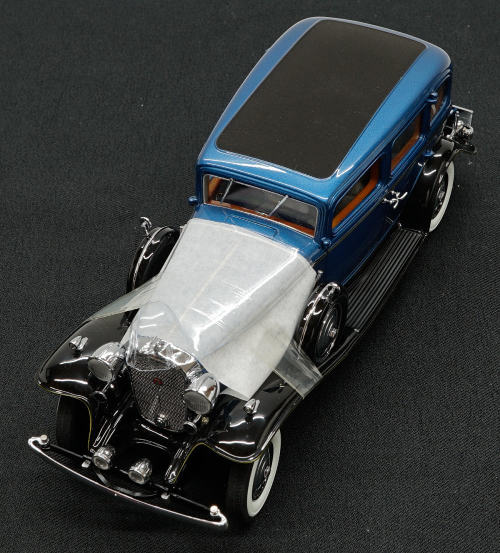 Lot 228: 1932 Cadillac V-16 Fleetwood Sedan Limited Edition