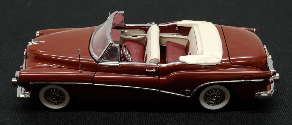 Lot 230: 1953 Buick Skylark Danbury Mint MIB