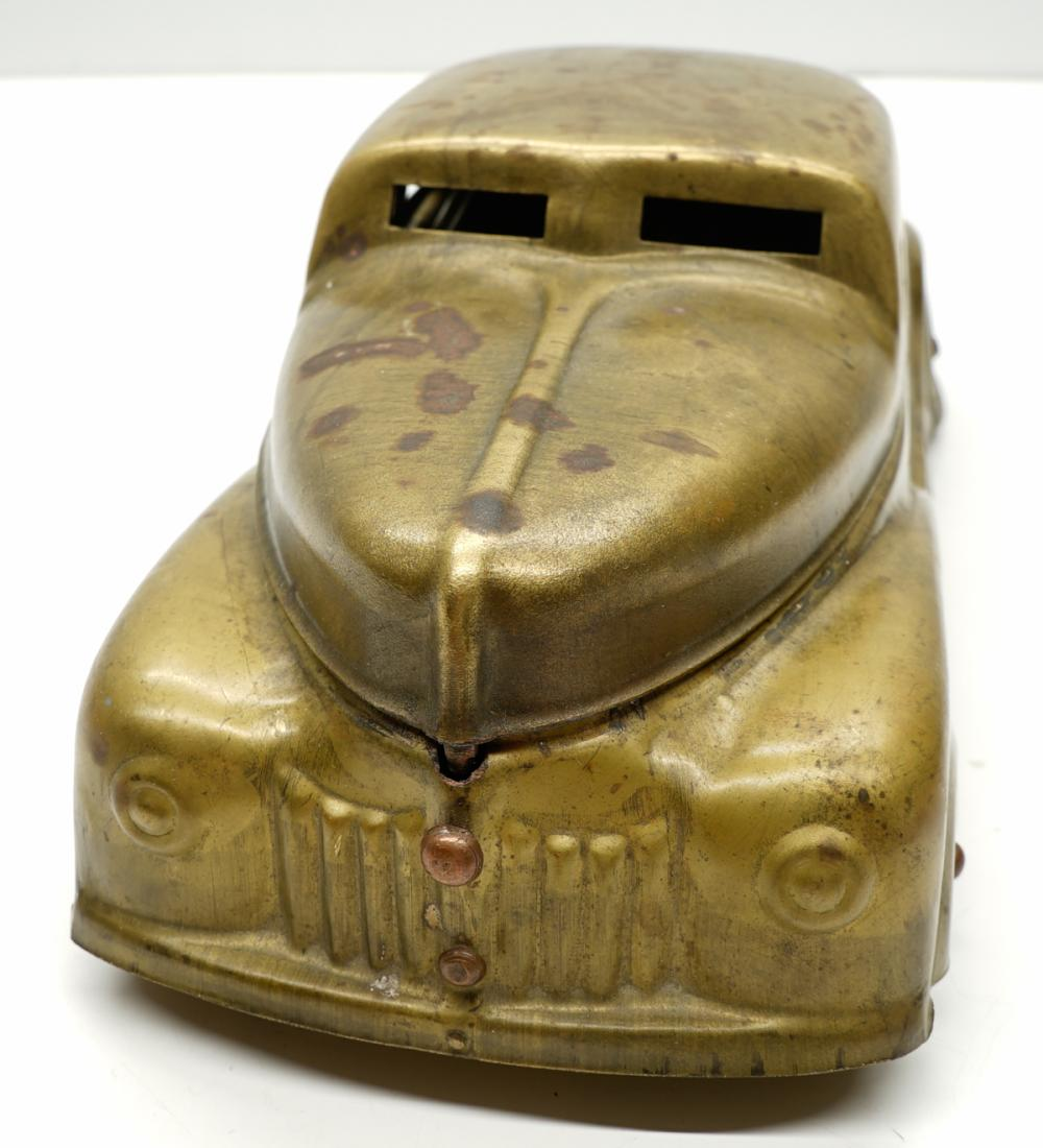 Lot 269: Betel Motor Car with Divided Containers