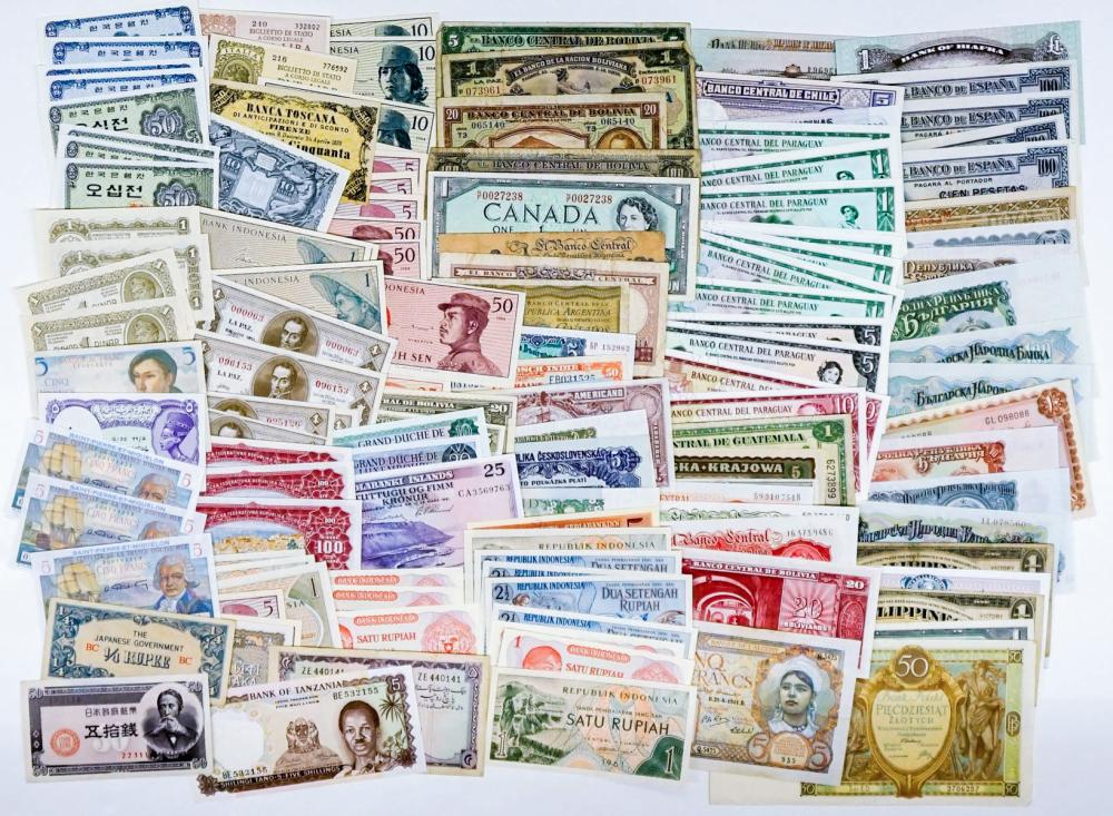 Lot 410: [143 Pieces] Estate Collection Foreign Currency