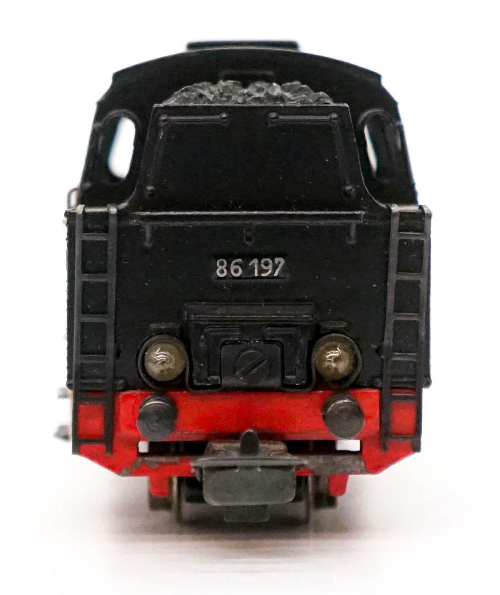 Lot 520: Marklin Engine 86 197