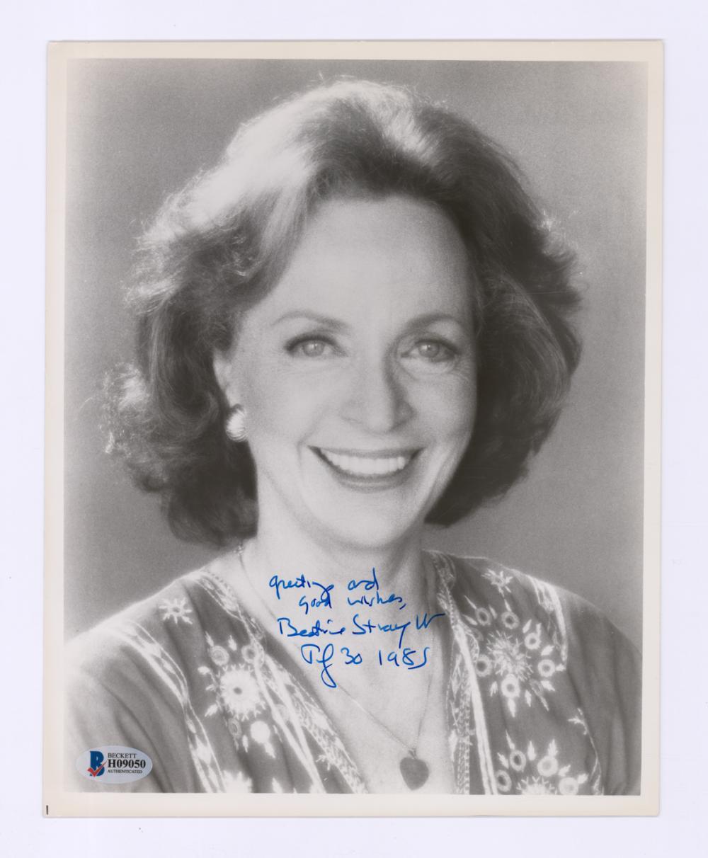 Lot 661: Beatrice Straight Signed Photo Beckett COA