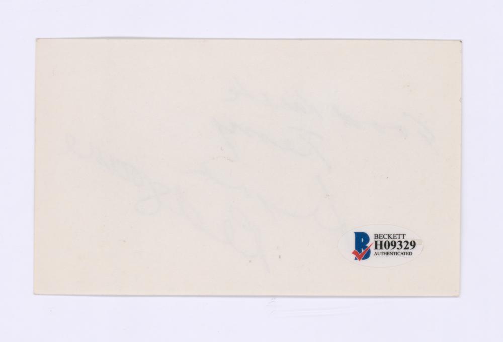 Lot 702: Lynn Redgrave Signed Index Card Beckett COA