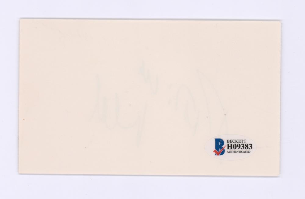 Lot 711: Patricia Neal Signed Index Card Beckett COA