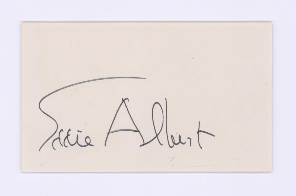 Lot 719: Eddie Albert Signed Index Card Beckett COA