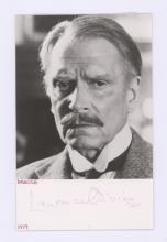 Lot 725: Laurence Olivier Signed Postcard Beckett COA