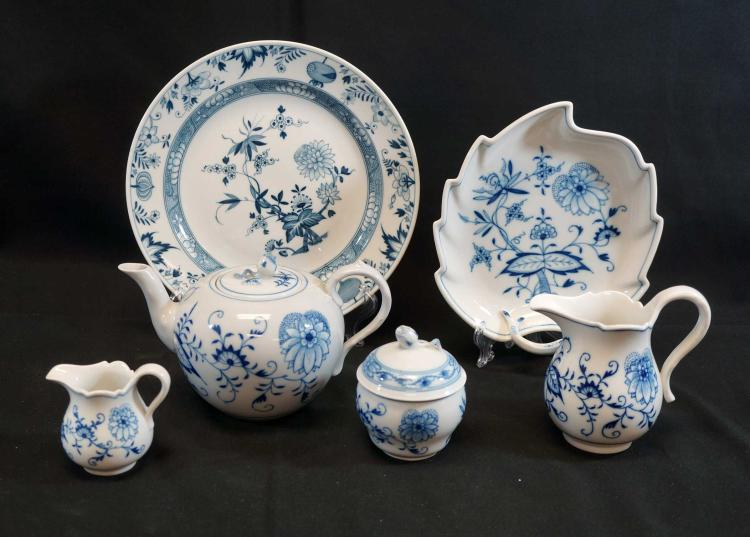 Meissen Blue Onion Dishes (6) Pieces