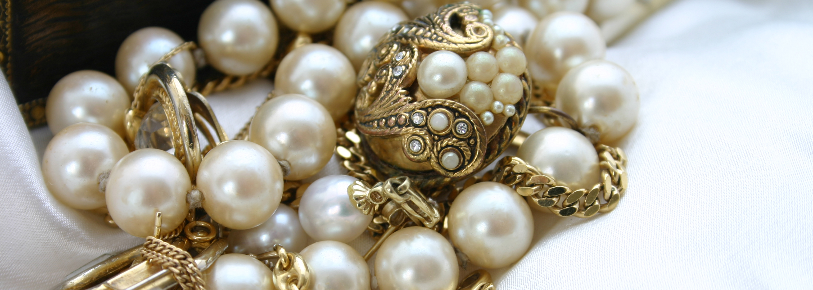 Jewelry Auctions Online Fine Antique Jewelry Auctions Buy Estate Jewelry